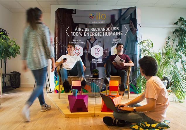Borne recharge ILO - Pour des espaces intérieurs innovants